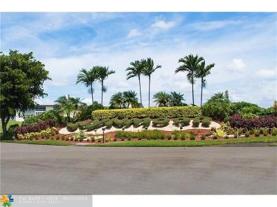 Coconut Creek Condo/Townhouse For Sale: 2504 Antigua Ter #N4