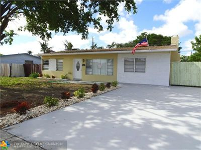 Pompano Beach Single Family Home For Sale: 2611 NE 8th Ave