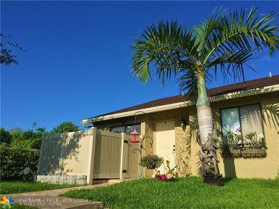 Boca Raton Condo/Townhouse For Sale: 10128 E Boca Bnd #C1