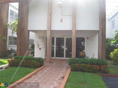 Lauderhill Condo/Townhouse For Sale: 4841 NW 22nd Ct #200