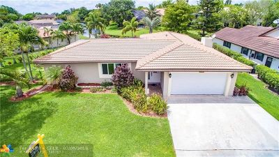 Coral Springs Single Family Home For Sale: 10051 NW 17th St