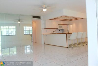 Fort Lauderdale Condo/Townhouse For Sale: 2455 NE 51st St #E-202