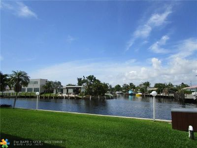 Pompano Beach Condo/Townhouse For Sale: 1100 Pine Dr #105
