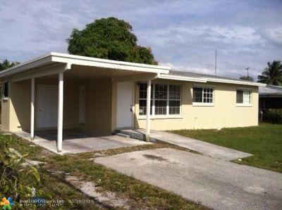 Boynton Beach Single Family Home For Sale: 143 NW 14th Ave