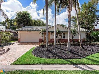 Coral Springs Single Family Home For Sale: 3715 NW 113th Ave