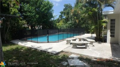 North Miami Single Family Home For Sale: 635 NE 143rd St