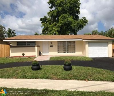 Sunrise Single Family Home For Sale: 2415 NW 73rd Ave