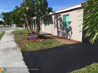 Fort Lauderdale Single Family Home For Sale: 1540 N Andrews Ave