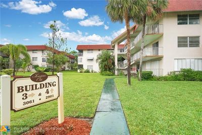 Lauderdale Lakes Condo/Townhouse For Sale: 3061 NW 47th Ter #328B