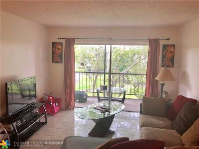Plantation Condo/Townhouse For Sale: 1801 NW 75 Ave #310
