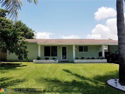 Pompano Beach Single Family Home For Sale: 710 NE 30th Ct