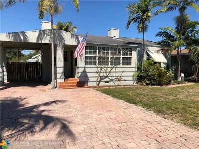 Broward County Single Family Home For Sale: 1939 McKinley St
