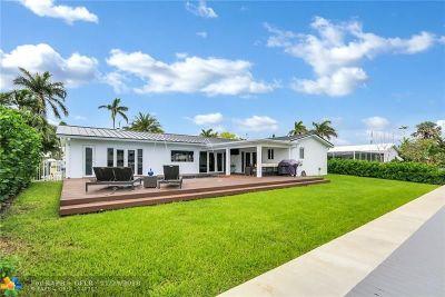 Pompano Beach Single Family Home For Sale: 2821 NE 9th St