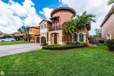 Miami Single Family Home For Sale: 2760 SW 156th Pl