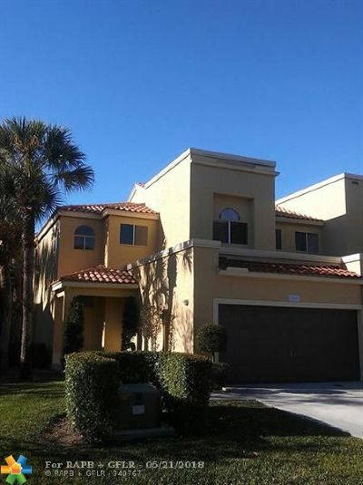 Boca Raton FL Condo/Townhouse For Sale: $309,900