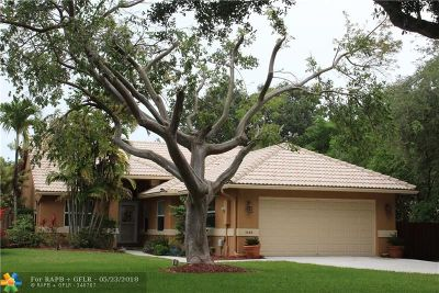 Delray Beach Single Family Home For Sale: 1165 W Lancewood Pl