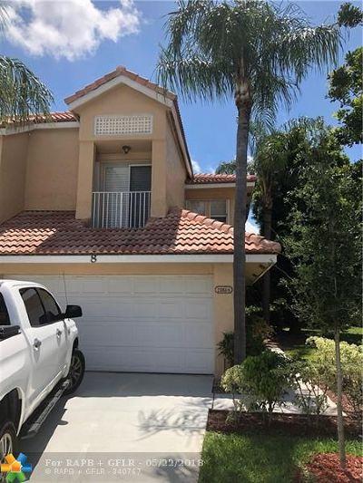 Boca Raton FL Condo/Townhouse For Sale: $389,900