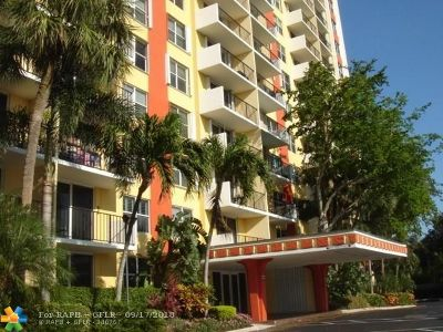 Fort Lauderdale Condo/Townhouse For Sale: 1800 N Andrews Ave #4B