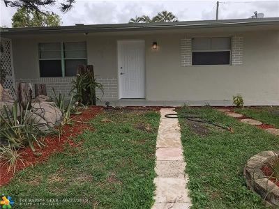 North Lauderdale Single Family Home For Sale: 7021 SW 19th Mnr