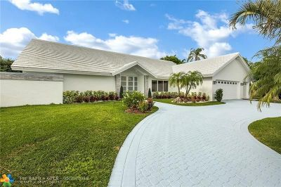 Boca Raton Single Family Home For Sale: 4265 Bocaire Blvd