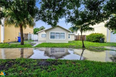 Fort Lauderdale Single Family Home For Sale: 1033 NW 7th Terrace