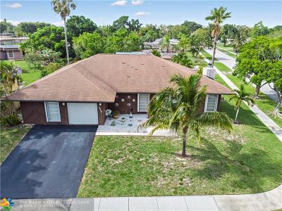 Tamarac Single Family Home For Sale: 6807 NW 78th Ct