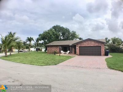 Fort Lauderdale Single Family Home For Sale: 3260 NW 64th St