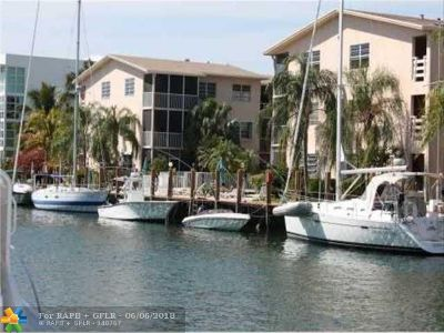 Fort Lauderdale Condo/Townhouse For Sale: 1510 SE 15th St #205