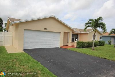 Tamarac Single Family Home For Sale: 9609 NW 81st St