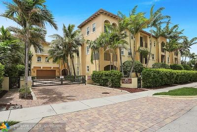 Pompano Beach Condo/Townhouse For Sale: 3238 NE 13th St #3238