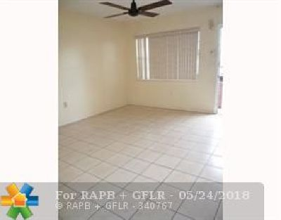 Condo/Townhouse Backup Contract-Call LA: 5551 SW 38th St