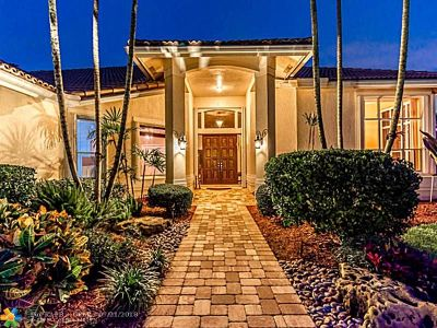 Weston Single Family Home For Sale: 405 Sabal Way