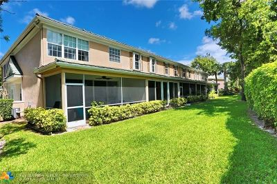 Boca Raton FL Condo/Townhouse For Sale: $331,900