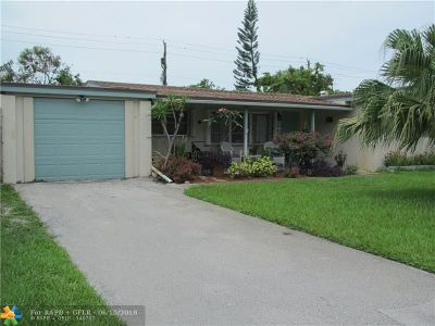 Oakland Park Single Family Home For Sale: 371 NW 39th St