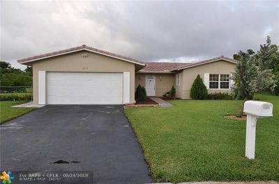Coral Springs Single Family Home For Sale: 10640 NW 39th Ct