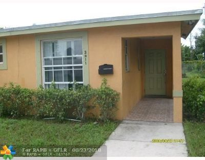 Fort Lauderdale Single Family Home For Sale: 3011 NW 12th St
