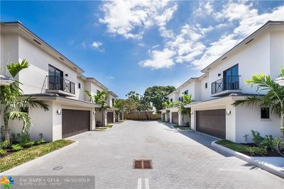 Oakland Park Condo/Townhouse For Sale: 1024 NE 33rd St #1024