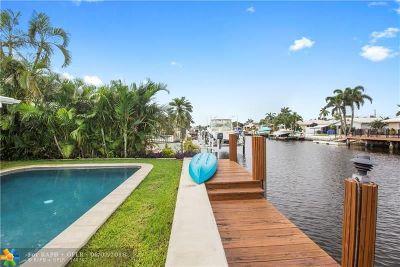 Pompano Beach Single Family Home For Sale: 351 SE 16th Ave