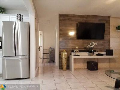 Pompano Beach Single Family Home For Sale: 141 NW 28