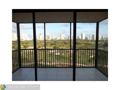 Aventura Condo/Townhouse For Sale: 20335 W Country Club Dr #1008