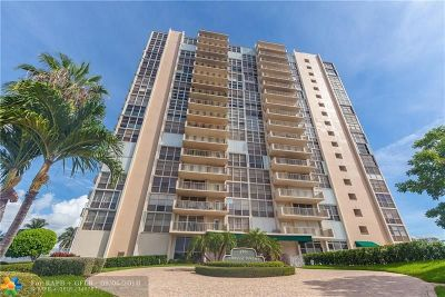Broward County, Collier County, Lee County, Palm Beach County Rental For Rent: 2701 N Ocean Blvd #5F