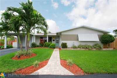Pompano Beach Single Family Home For Sale: 2691 NE 18th St