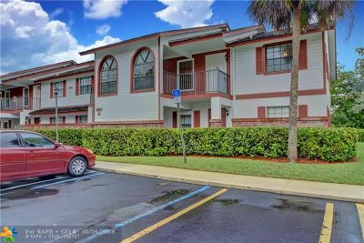 Coral Springs FL Condo/Townhouse For Sale: $147,000