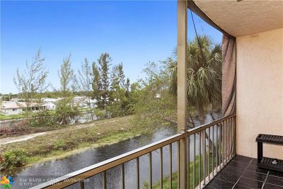 North Lauderdale Condo/Townhouse For Sale: 8140 SW 24th St #311