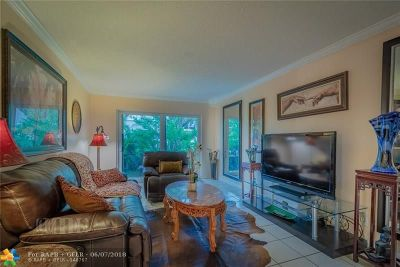 Wilton Manors Condo/Townhouse For Sale: 3000 NE 5th Ter #109-A