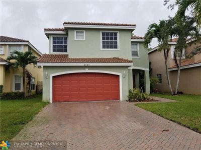 Coconut Creek Single Family Home For Sale: 3909 Crescent Creek Dr