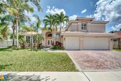 Pembroke Pines Single Family Home For Sale: 12822 NW 22nd Mnr