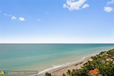 Hallandale Condo/Townhouse For Sale: 3180 S Ocean Dr #1512