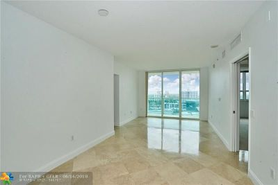 Fort Lauderdale Condo/Townhouse For Sale: 350 SE 2nd St #2120