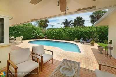 Boca Raton Single Family Home For Sale: 1136 Walnut Ter